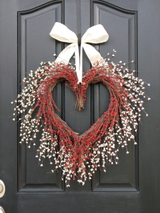 valentines-day-door-decorations-ideas_valentines-day-display-door-wreath_kissing-branches-wreath_heart-wreaths-valentines-day-door-themes_holiday-front-door-decorations_hanger-decor-for-black-door